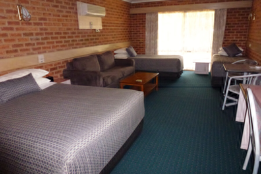 Rooms at Colonial Motor Inn Bairnsdale